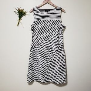 ELLEN TRACY black&white casual sleeveless dress
